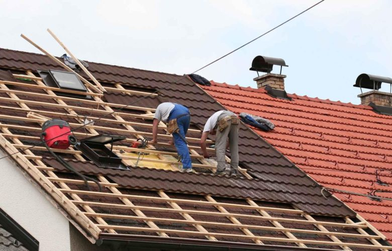 How To Keep Your Home Protected During Roof Installation?