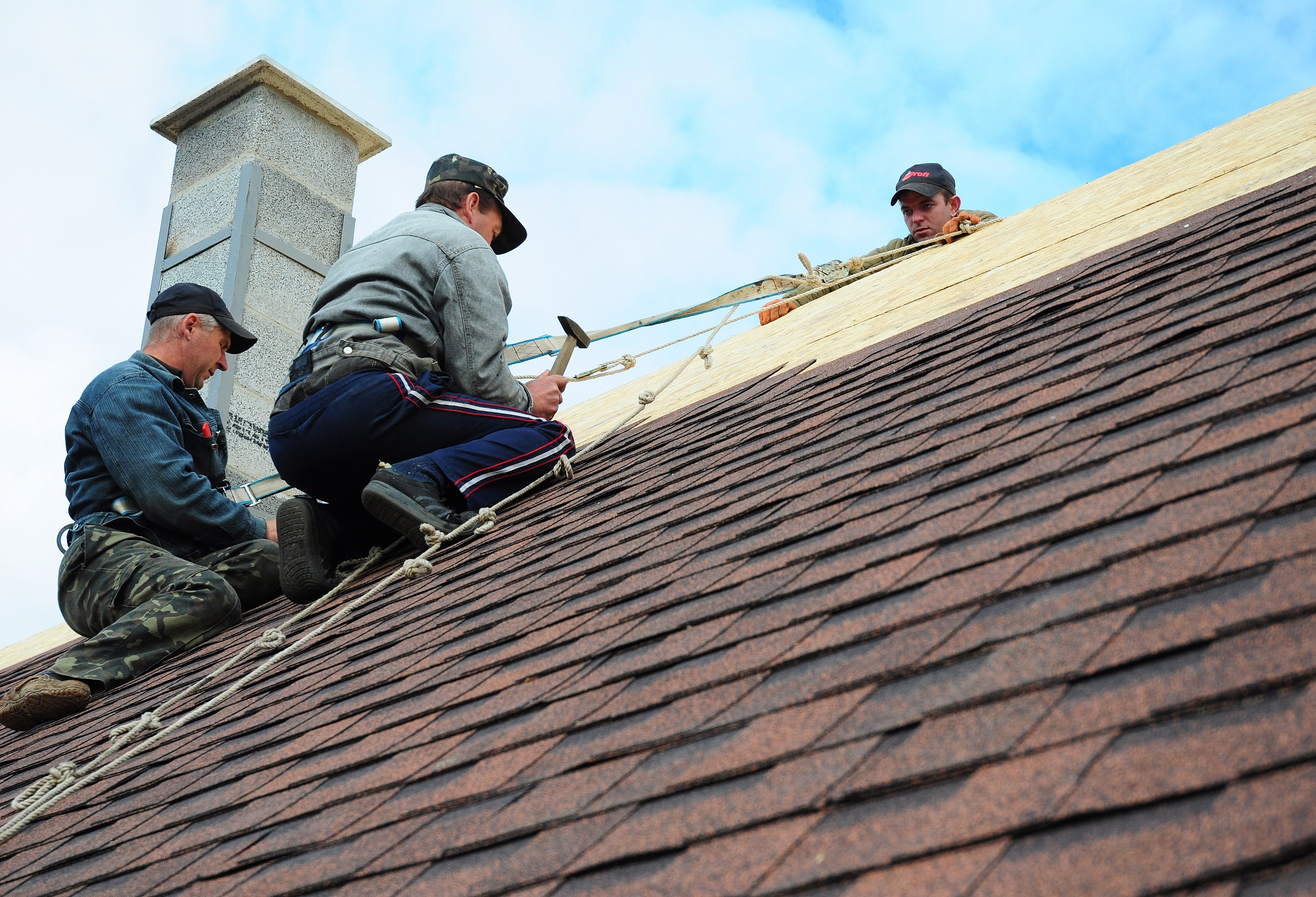 Tips For Taking Safety Measures While Roof Repair - Furniture Door Blog