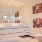 Mixing Metals And Finishes In The Bathroom