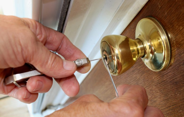 Avoiding Locksmith Scams: Helpful Tips From RF Locks