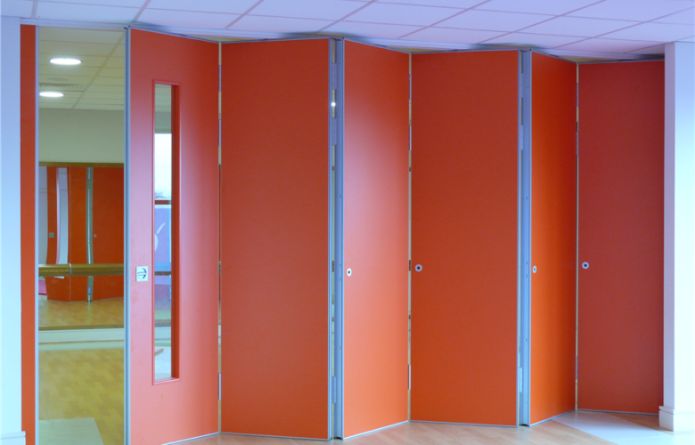 Maximising The Use Of Space With Sliding Partitions