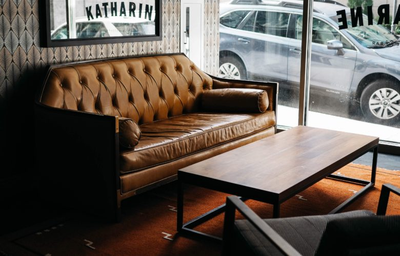 Tips To Identify And Buy Quality Leather Furniture